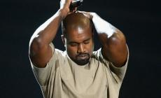 Drama, Music, Apologies Collide At 2015 VMAs