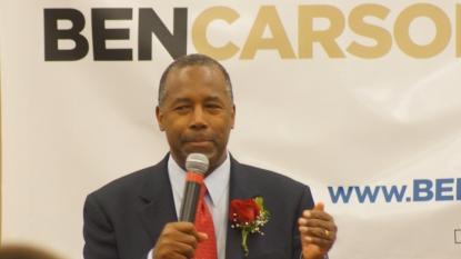 Republican candidate Ben Carson tells NASCAR fans Confederate flag OK