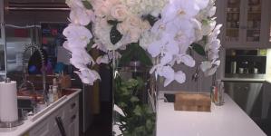 Kylie Jenner Sends Jessica Alba Flowers After Bodyguards Incident