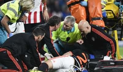 Louis van Gaal: Shaw in good spirits despite horrific double leg break