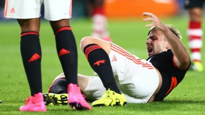 Manchester United defender Luke Shaw returns from Eindhoven to continue