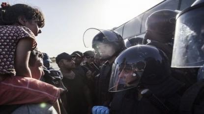 "Hungary shuts border to save ""Christian values"""