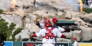"""Mike Trout: Angels outfielder Makes Possibly The Catch Of His Career """"Watch"""""""