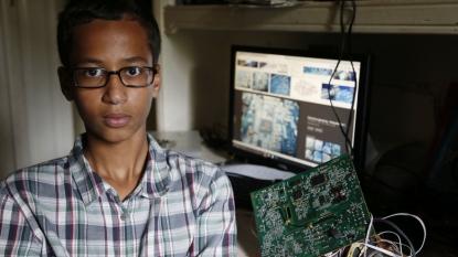 Muslim boy, 14, arrested for making clock mistaken for bomb