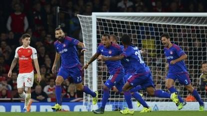 Olympiakos stuns Arsenal 3-2 in Champions League