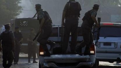 Pakistani Taliban Attacks Military Base Near Peshawar