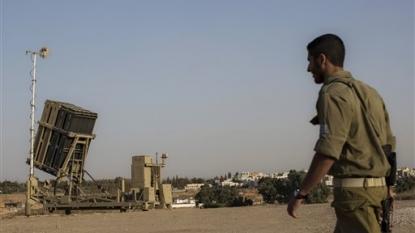 Palestinians, Israel forces clash in Jerusalem, West Bank