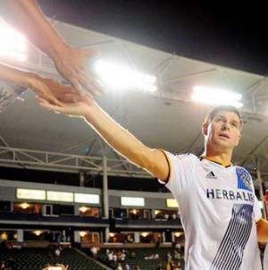 Robbie Keane praises 'energetic' Gerrard