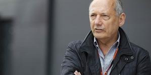 Japanese Grand Prix 2015: McLaren suggest Jenson Button wants to retire