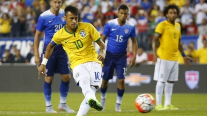 Neymar: Barcelona forward had Manchester United talks