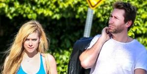 Aniston & Theroux Join Sandra Bullock & Her Boyfriend For Dinner