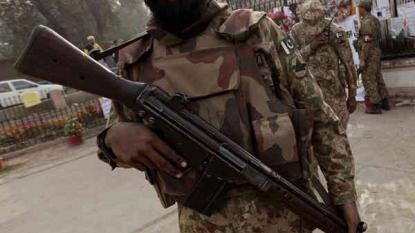 Taliban attack on Pakistan air force base in Peshawar
