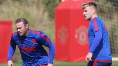 Utd's Shaw returning home after broken leg