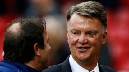 Van Gaal snubs PL title talks
