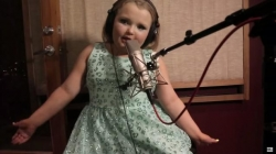Here come's Honey Boo Boo's music career! 10-year-old reality star debuts her