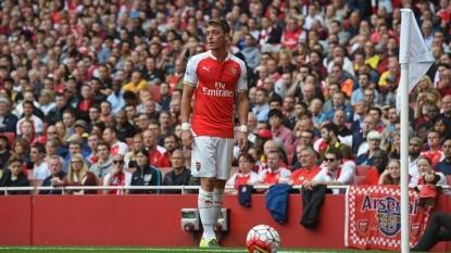 Gary Neville: Yaya Toure's the best midfielder in the Premier League