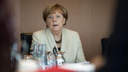 Germany pledges 100 mln euros for refugees