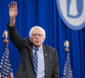 Hillary Clinton Raises $28 Million in Third Quarter, Barely Beating Bernie Sanders