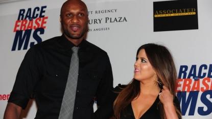 Kim Kardashian Confronts Khloe for 'Flirting' With Lamar Odom on New Episode