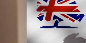 Jeremy Corbyn nuclear stance is defended by Aberavon MP Stephen Kinnock