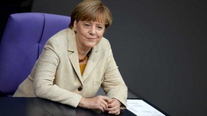 Merkel's German conservatives dip to year low on refugee crisis