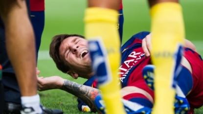 Messi's knee injury blow