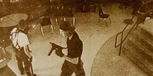 Oregon college shooting: Obama's 'frustration' at US gun laws