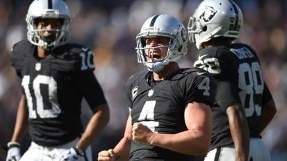 Derek Carr, Raiders 'emotional' after win over Ravens