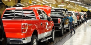 Strike possible this weekend at Ford Claycomo plant