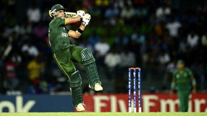2nd T20: Pakistan bat as Hafeez and Irfan return