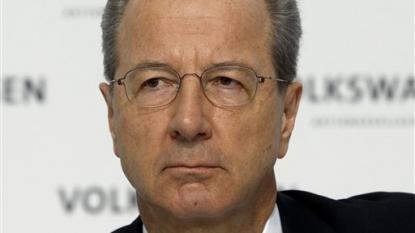 Volkswagen suspends sale of 4000 new vehicles in UK over emissions scandal