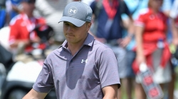 Spieth battles Sydney winds in Australian Open
