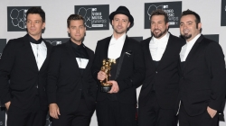 Adele Tops *NSYNC's Record for Most Albums Sold In a Week