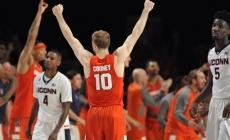 Syracuse vs. Connecticut Basketball Highlights (2015-16)
