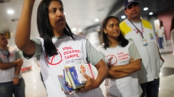 Zika alarm grows amid U.S. sex link, rising birth defects in Brazil