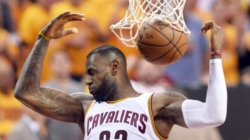 LeBron James, Kevin Love power Cavaliers to 116-78 romp over Raptors
