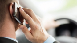 Mobile phone cancer study finds link between phone use and tumours