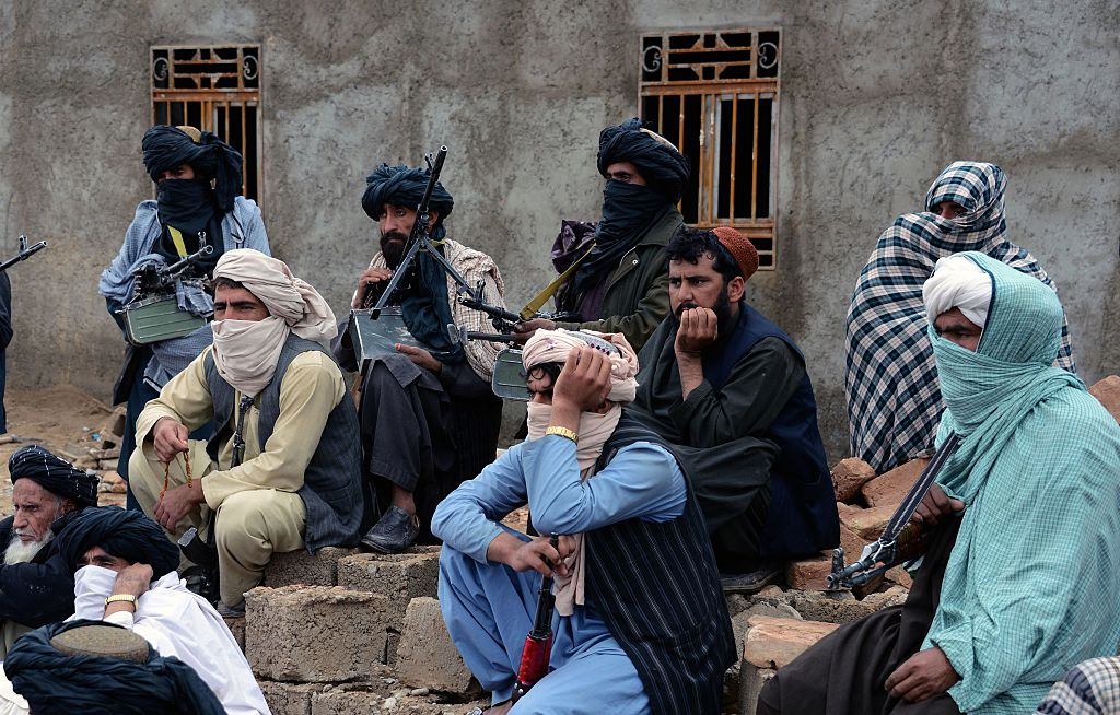 the taliban As taliban start charm offensive, afghan president calls for cease-fire  the taliban have been courting civilians for weeks and promising not to harm soldiers who surrender, raising hopes of a.