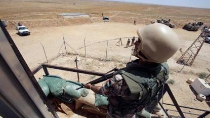Syrian refugees say water scarce after Jordan seals border