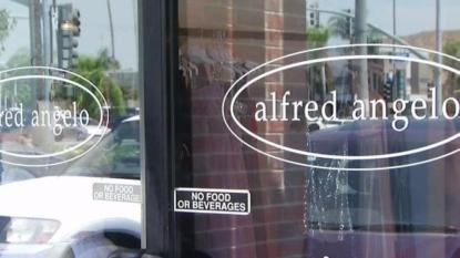 Brides beware: Popular dress shop closing all stores