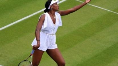 Venus reaches Wimbledon semis for 10th time