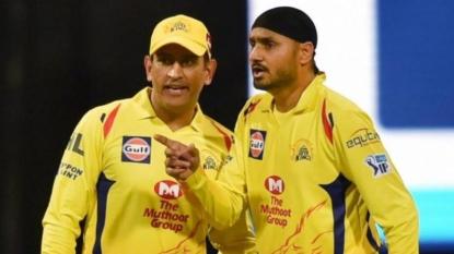 Watson does a Gayle as Chennai Super Kings thump Rajasthan Royals