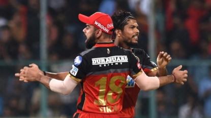 Virat Kohli, AB de Villiers shine as RCB beat DD